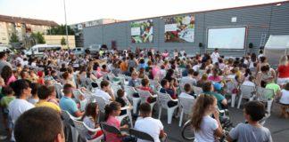 """Caravana """"Cinemobilul"""" ajunge azi la Craiova"""