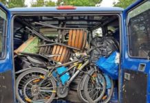 Ce au găsit în portbagajul unor români polițiștii de frontieră din Germania