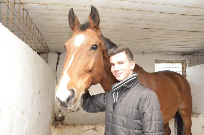 Vlad Gruia şi calul Carland au obţinut rezultate excelente în acest an (Foto: Alexandru Vîrtosu)