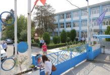 """Profesorii de la Colegiul """"Ştefan Odobleja"""" din Craiova speră să reia clădirea pavilion , cedată de administraţia locală Liceului """"Voltaire"""""""