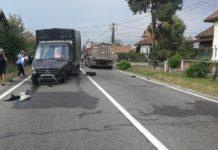 Trei mașini, implicate într-un accident rutier la Telești