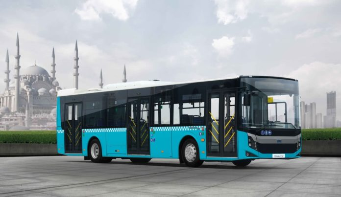 Autobuzele Diesel Euro 6 achiziţionate de Primăria Craiova cu bani împrumutaţi de la BERD mai întârzie puţin