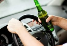 Prins la volan băut şi fără permis de conducere