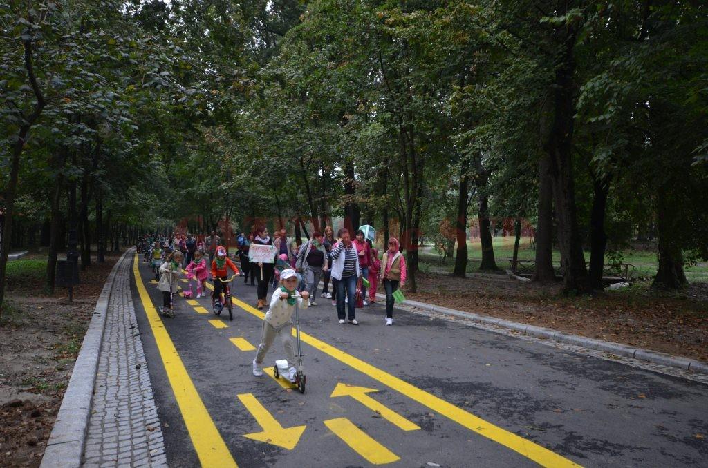 Bicicletele şi trotinetele electrice trebuie să circule pe pistele special amenajate