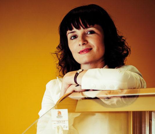 O tânără din România a decis să nu mai muncească pentru alţii