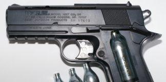 Pistol cu aer comprimat, descoperit în Calafat