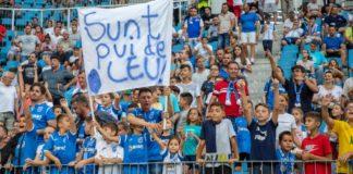 Alb-albaştrii vor fi susţinuţi cu siguranţă de o mulţime de copii în meciul cu AEK Atena (Foto: ucv1948.ro)