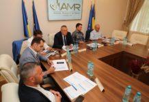 Foto: hotnews - Primarii contestă decizia Guvernului de a bloca angajările