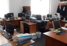 Facebook/ Revista Forumul Judecătorilor a publicat mai multe fotografii privind condiţiile de muncă de la Judecătoria Craiova.