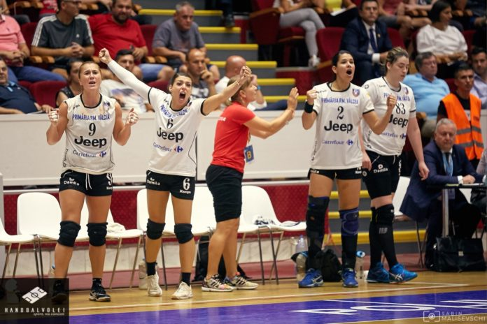 SCM Vâlcea a încheiat la egalitate, scor 28-28 duelul cu Astrakhanochka Foto: Sabin Malisevschi