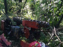 Bărbat prins sub tractor la Pietrari