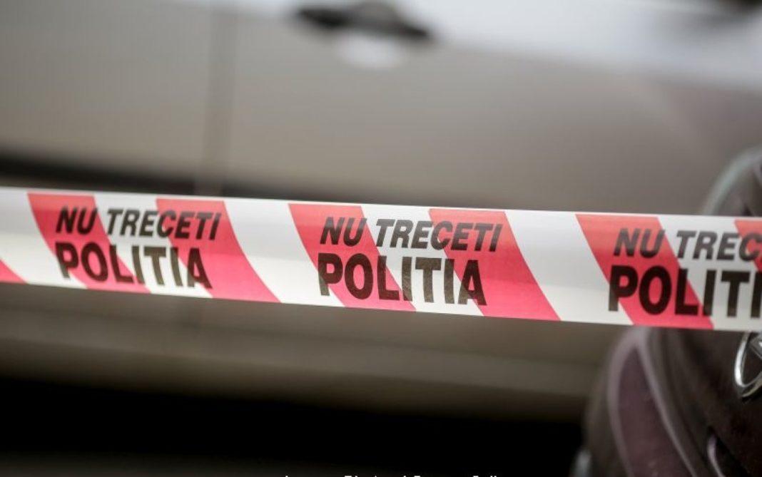 Un bărbat din Comarnic s-a spânzurat după ce şi-a înjunghiat soția