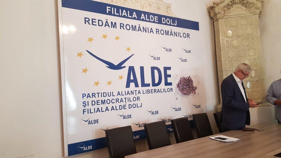 Scandal între organizaţiile locale. ALDE Dolj cere convocarea unui congres extraordionar