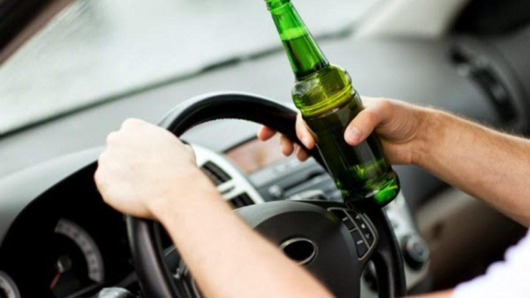 Şofer băut, prins pe strada Potelu