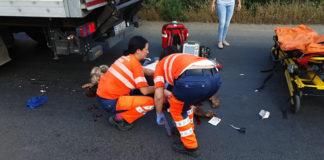 Copil în comă, după ce a fost lovit de un camion