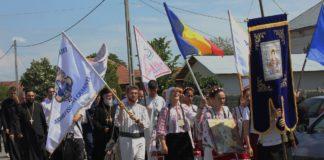 Direcţia 5 şi Tudor Gheorghe concertează în faţa a 4000 de tineri ortodocşi