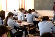 Numărul elevilor care frecventează şcoala este în scădere
