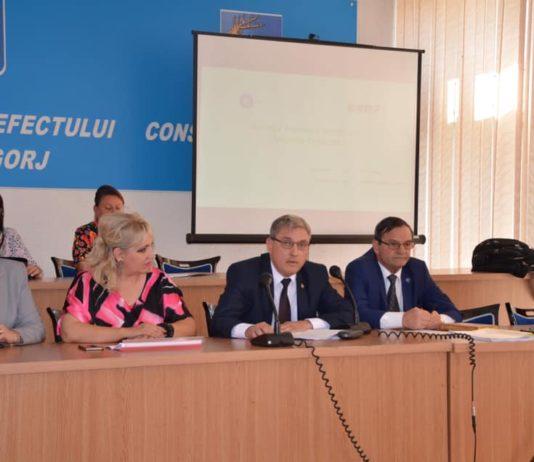 Şedinţa a fost condusă de prefectul de Gorj, Cristinel Rujan