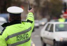 Tânăr prins conducând cu permisul suspendat