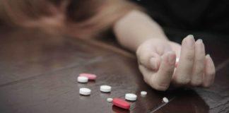 O minoră a anunţat Telefonul Copilului că vrea să se sinucidă