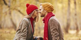 8 idei ieftine și distractive de toamnă pentru cupluri