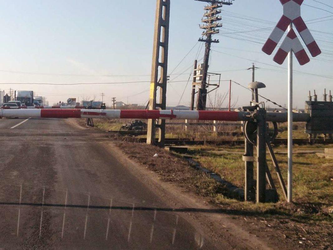 Șoferi sancționați la trecerile de cale ferată