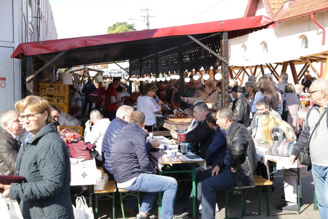 Craiovenii aşteptaţi în Piaţa Centrală la săbătoarea Produselor Agroalimentare Româneşti