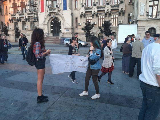 Protest în centrul Craiovei împotriva poluării radioactive
