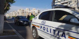 Poliţiştii de la Rutieră au amendat cinci şoferi care foloseau telefonul mobil la volan