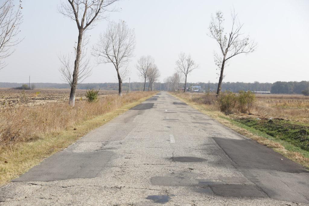 Drumul Craiova - Cetate va fi modernizat cu 50 de milioane de euro. Lucrările au fost împărţite în două loturi