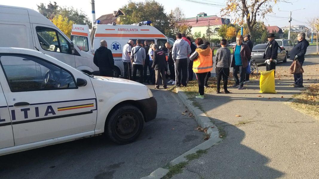 Pacientul a fost imobilizat de poliţiştii craioveni.