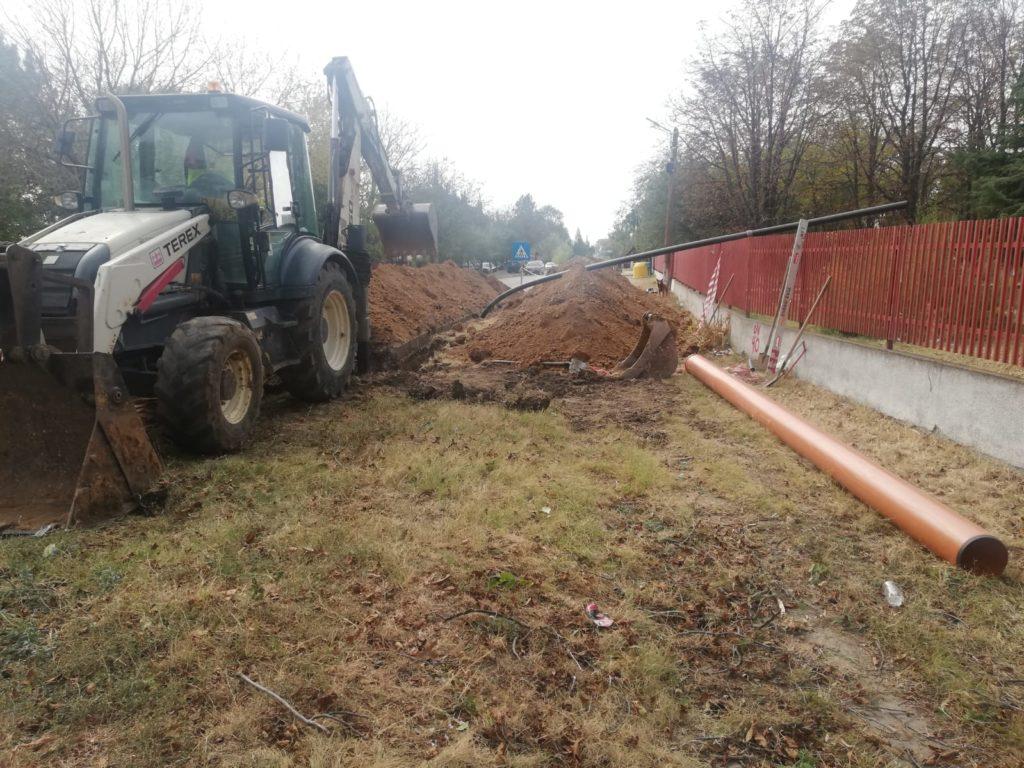 În comuna Valea Stanciului se lucrează la introducerea reţelei de canalizare