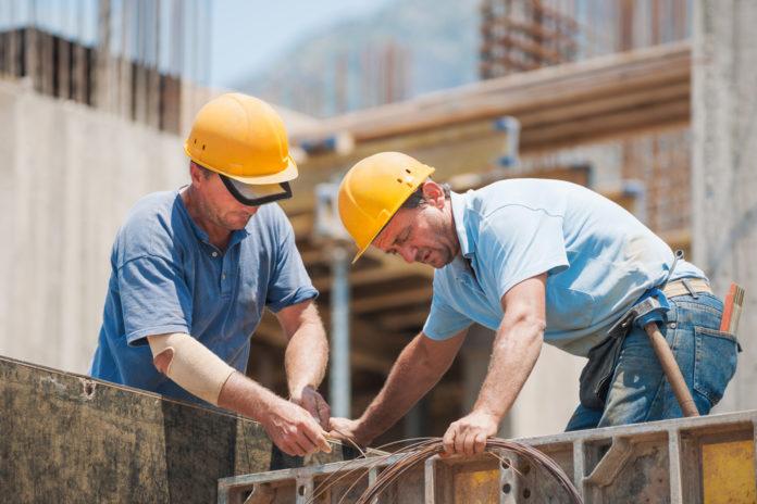 Firmele din construcţii şi meseriaşii îşi pot lista serviciile pe o platformă românească