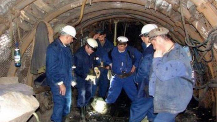 Aproape 300 de mineri din Hunedoara au intrat în preaviz de muncă