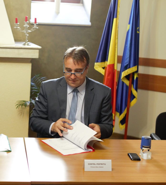 Costel Pistriţu, primarul din Băileşti