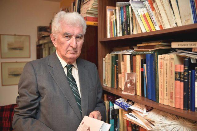 Profesorul Valeriu Râpeanu, la 88 de ani