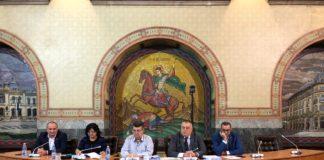Unii directori din subordinea Primăriei Craiova vor fi zburaţi din funcţii