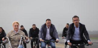 Viorica Dăncilă a inaugurat câțiva kilometri de șosea pe bicicletă