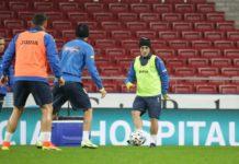 Alex Mitriţă şi ceilalţi tricolori au luat contact cu stadionul din Madrid (Foto: frf.ro)