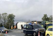 Autobuz răsturnat pe o autostradă din nord-estul Franței: cel puțin 33 de răniți, printre care și cetățeni români