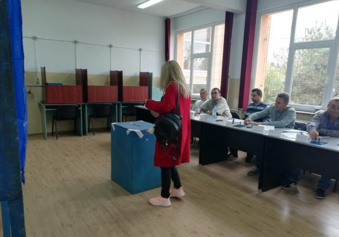 În judeţul Dolj au votat până la această oră peste 41.000 de persoane, din totalul de 569.101 persoane înscrise pe listele de vot