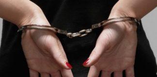 Tânără reţinută pentru furt