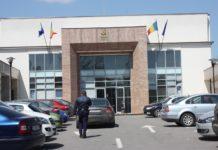 Judecători de la Curtea de Apel Craiova au admis contestaţiile a doi dintre inculpaţi.