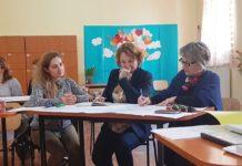 Profesorii din Gorj aduc la clasă dezbaterile academice şi educaţia democratică