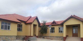 Grădiniţa din satul Ţugureşti, comuna Valea Stanciului, unde s-a extins clădirea