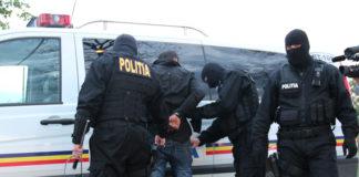 Interlop periculos, adus sub pază extremă pe Aeroportul Otopeni