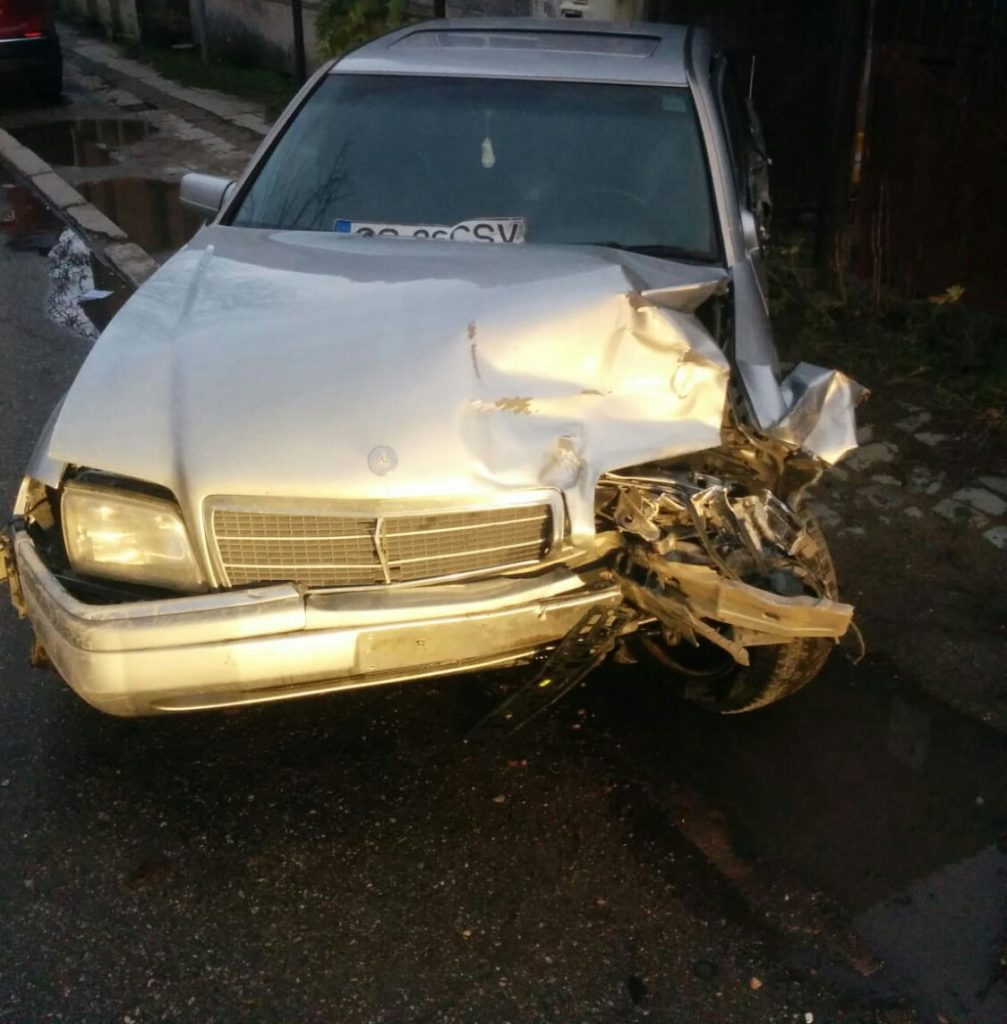 Accident produs de un minor lângă Poliția Rutieră