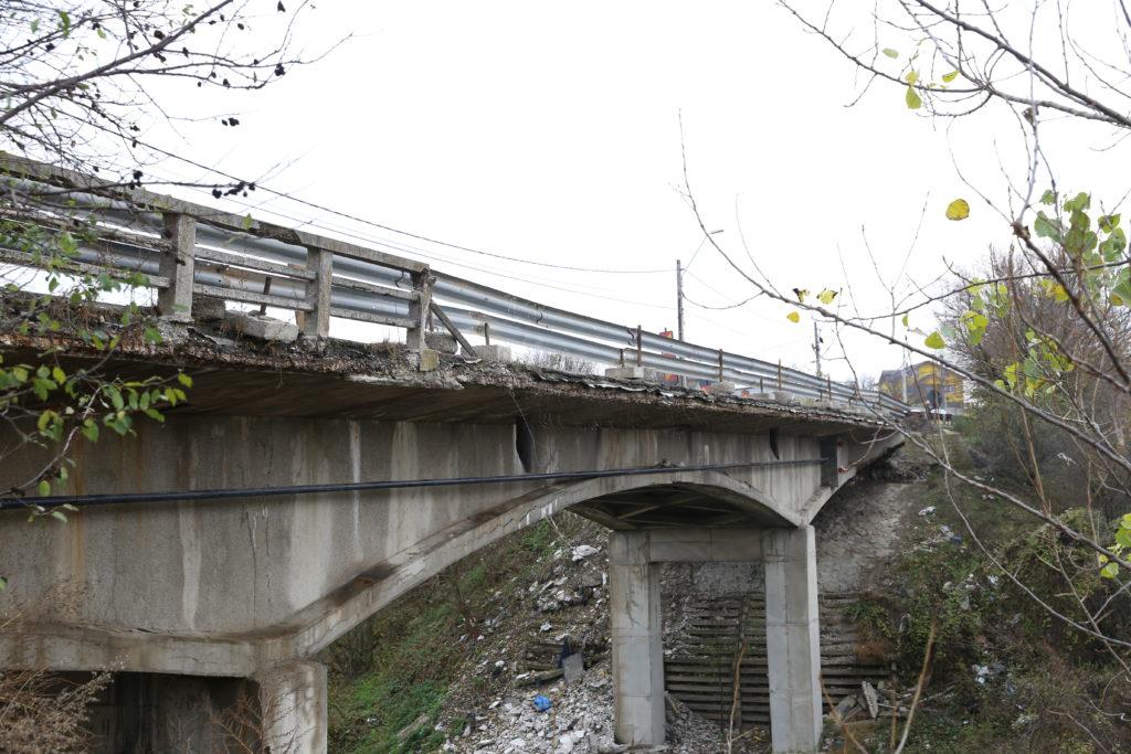 Podul a ajuns într-o stare avansată de degradare