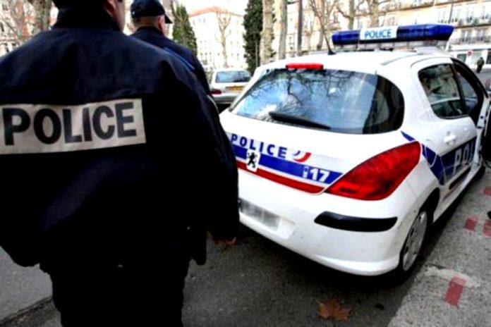 Cetăţean român suspectat de proxenetism, arestat preventiv în Franţa