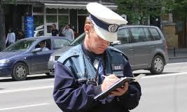 Sancțiuni mai mari pentru cei care refuză să se legitimeze la cererea polițistului